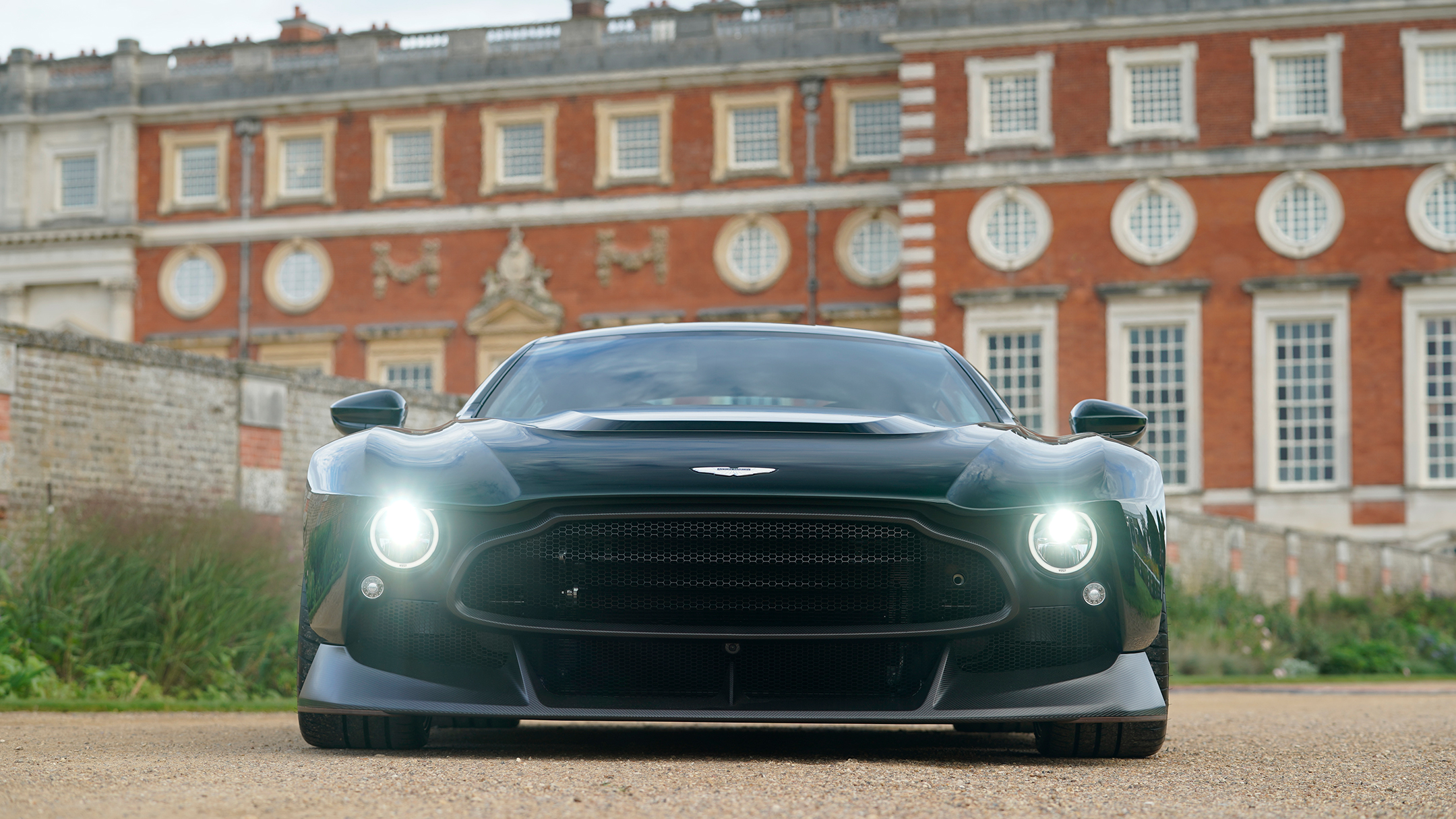 Aston Martin Victor by Q - 2020 - front-face / face avant