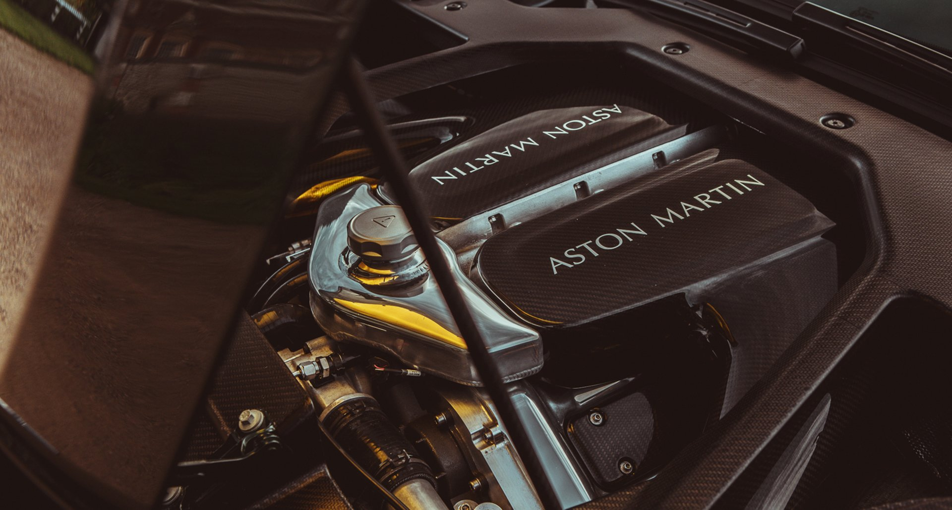 Aston Martin Victor by Q - 2020 - engine / moteur - under the hood - by Alex Lawrence via Classic Driver