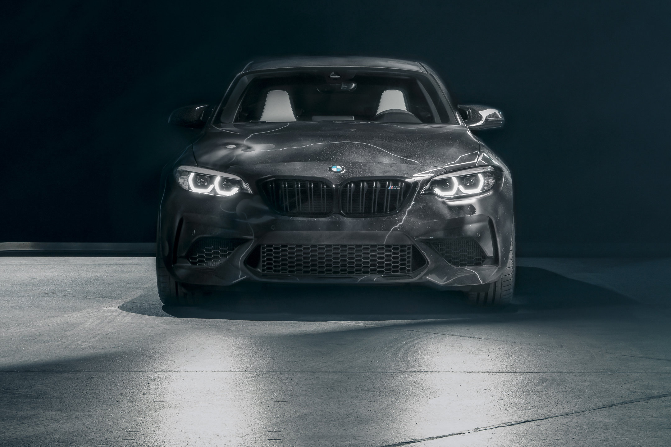 BMW M2 by FUTURA 2000 - Street Art Car - 2020 - front-face / face avant - zoom