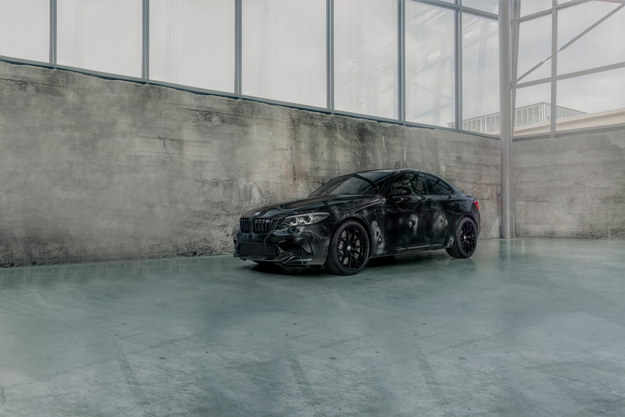 BMW M2 by FUTURA 2000 - Street Art Car - 2020 - front side-face / profil avant
