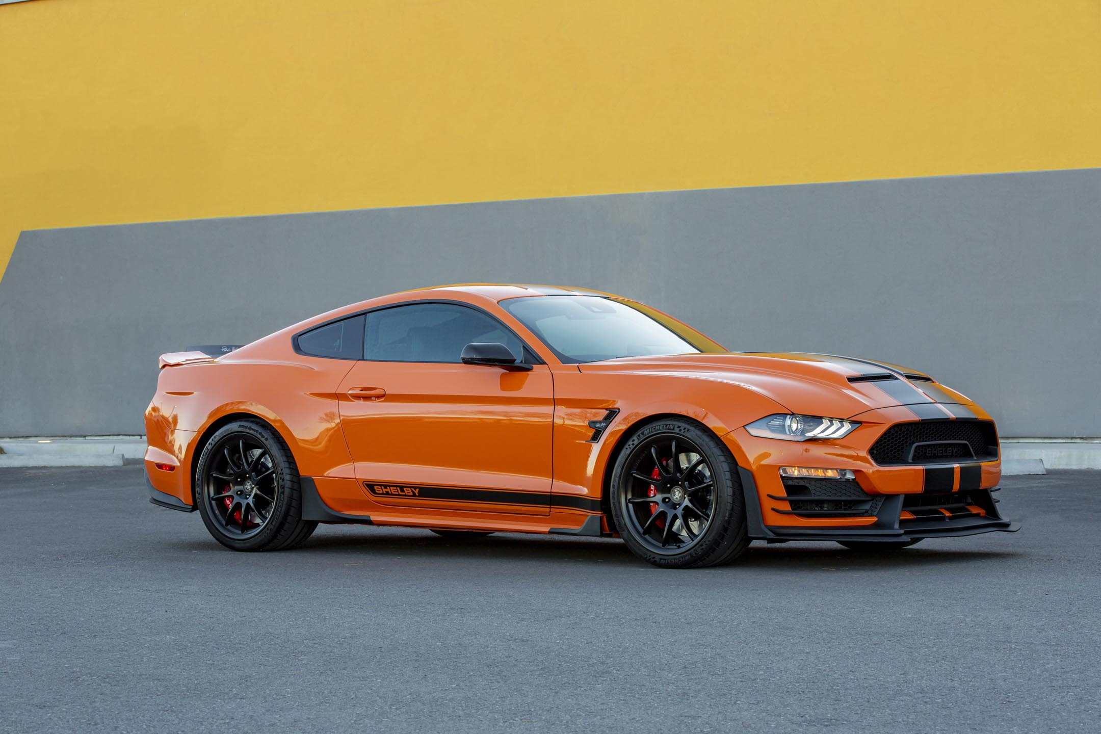 Ford Mustang Carroll Shelby Signature Series - 2020 - front side-face / profil avant