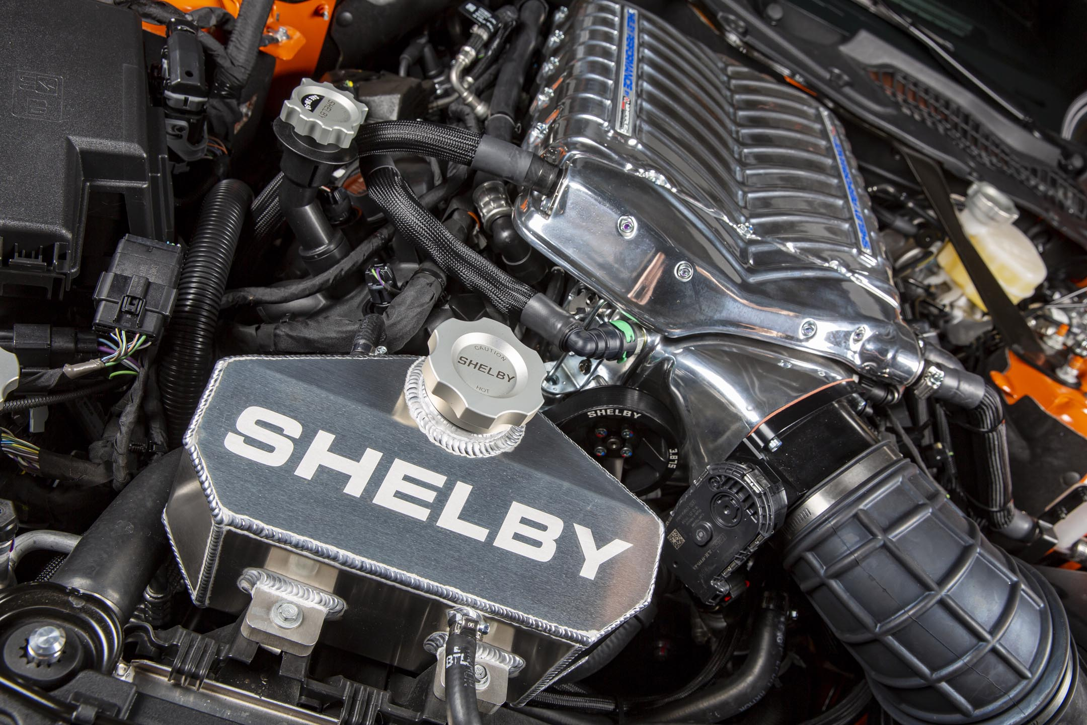 Ford Mustang Carroll Shelby Signature Series - 2020 - engine / moteur - preview - under the hood