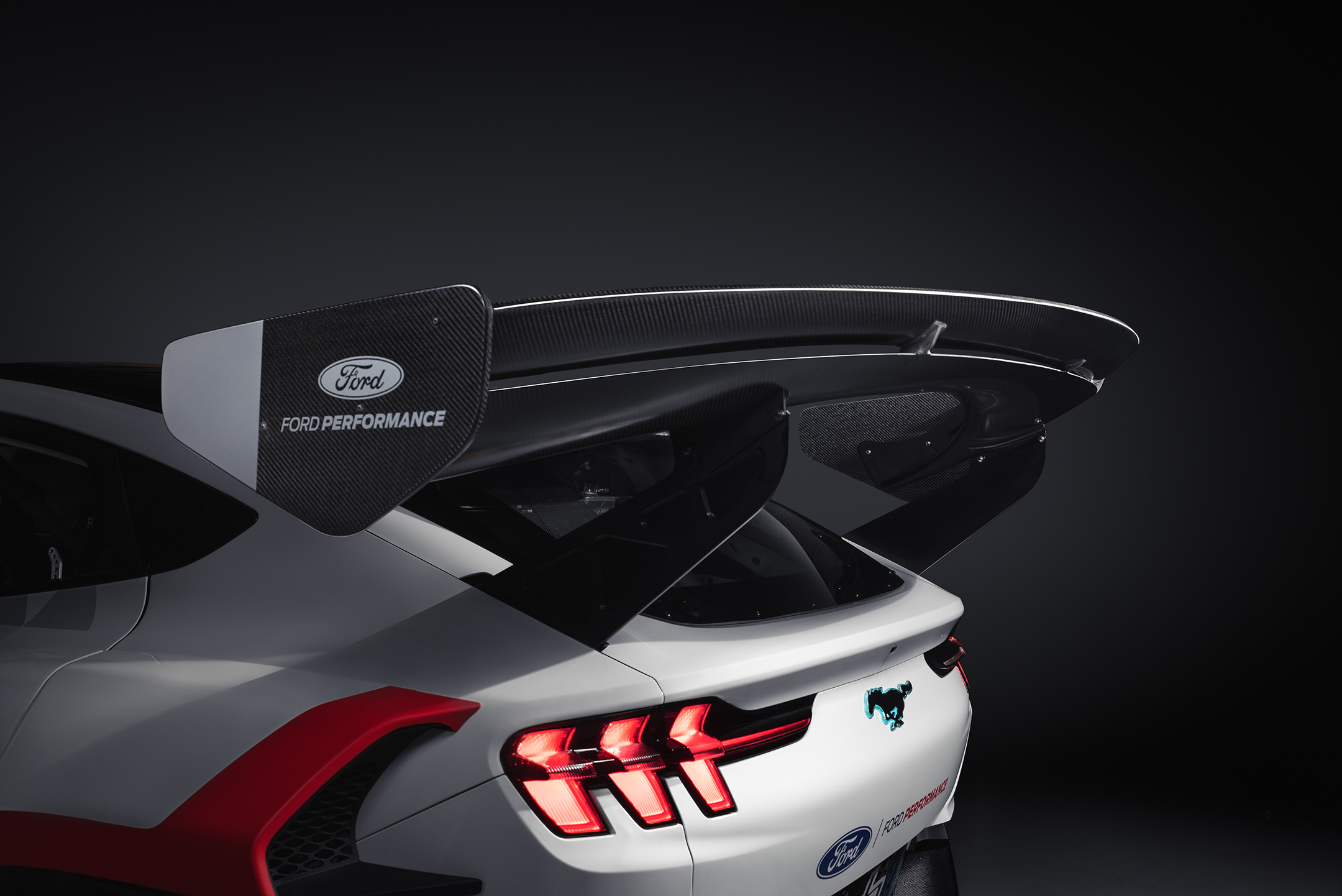 Ford RTR Mustang Mach-E 1400 - 2020 - rear wing / aileron arrière