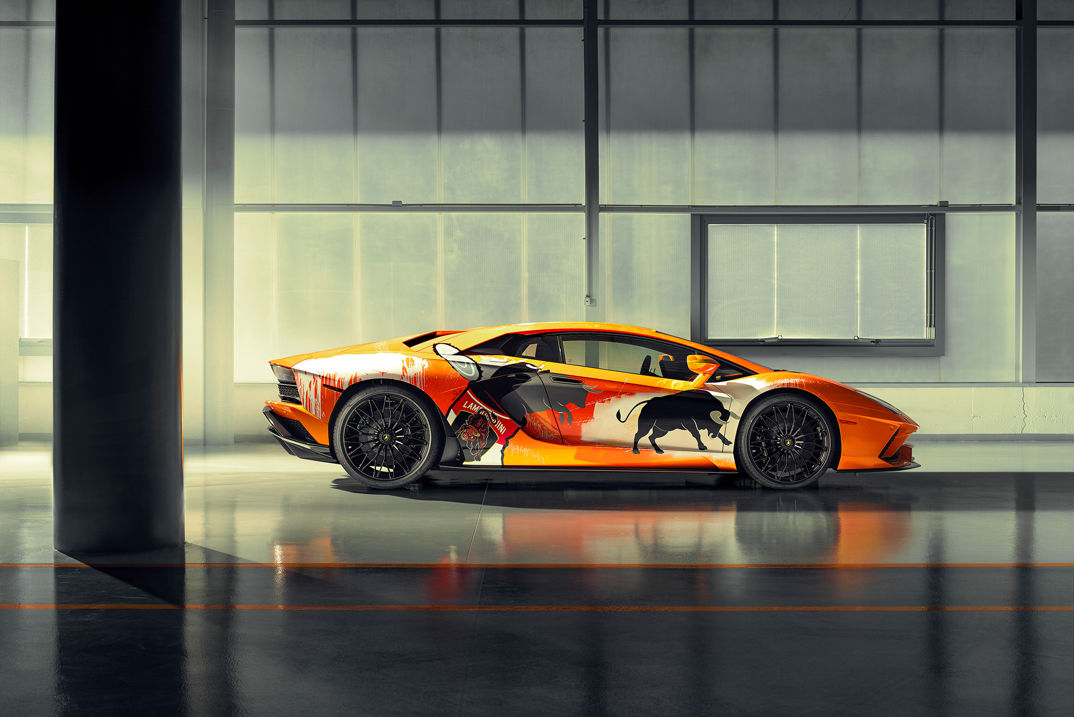Lamborghini one-off Aventador S by Skyler Grey Art - 2019 - side-face right / profil droit