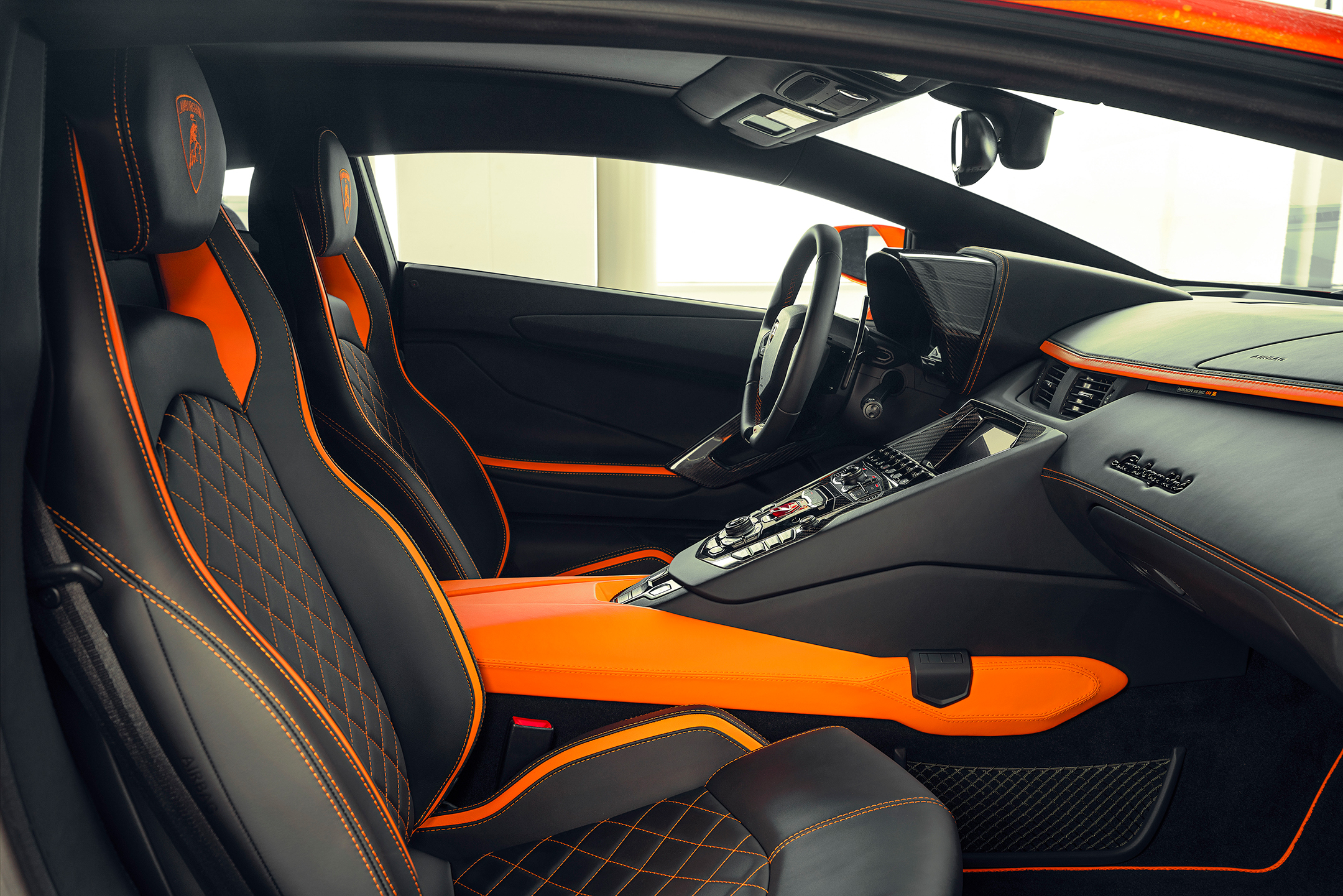 Lamborghini one-off Aventador S by Skyler Grey Art - 2019 - interior / intérieur