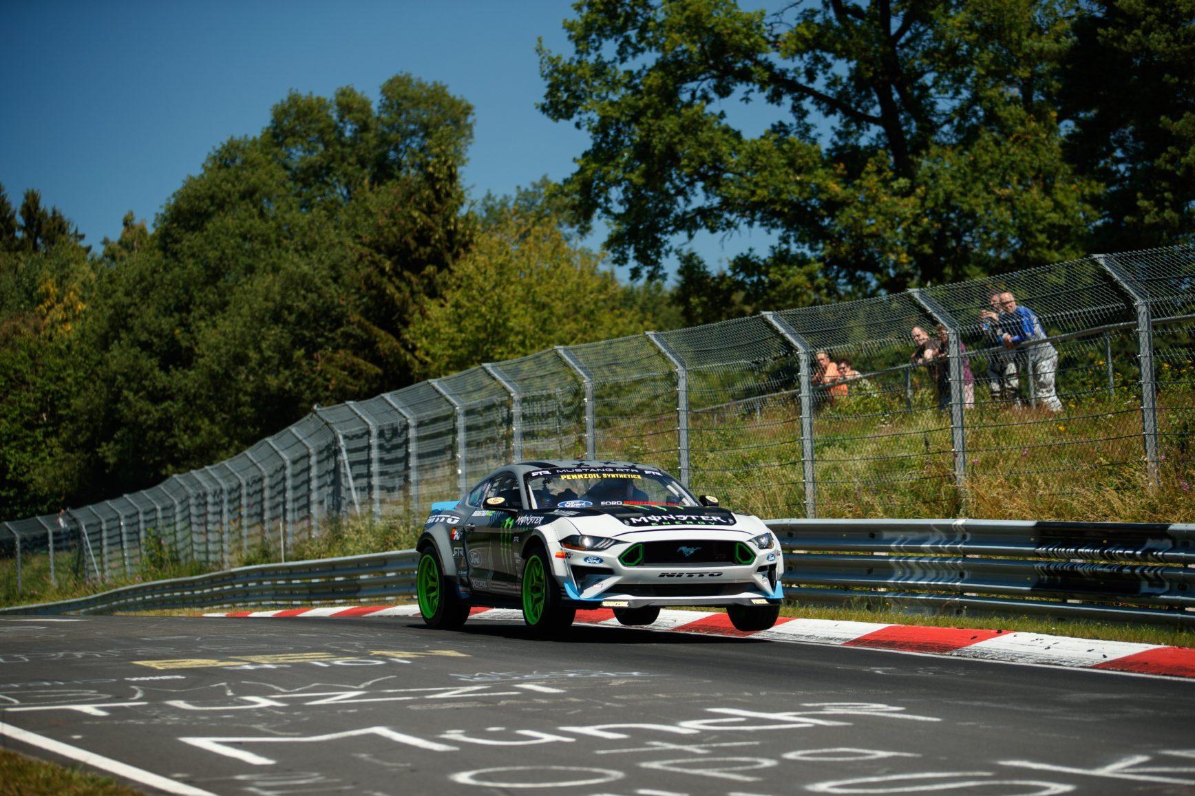 Mustang-RTR-2018-drift-Nurburgring