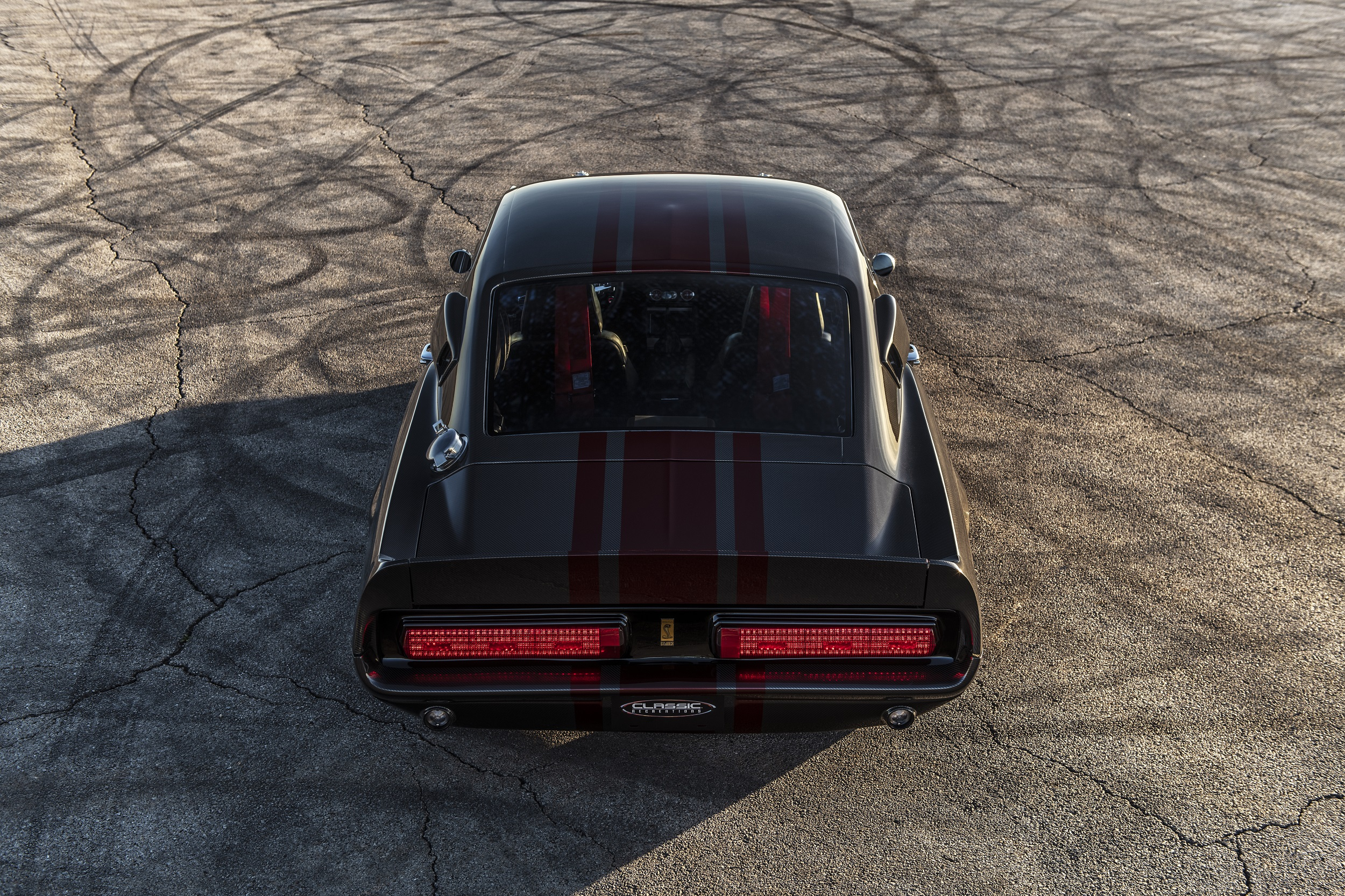 Classic Recreations Shelby GT500CR Carbon SpeedKore - 2021 - top - rear face / face arrière